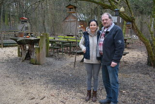 Maria und Ernst Paltram in ihrem geliebten Forsthaus