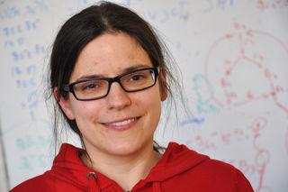 Martina Seidl liebt Zahlen und Formeln. Wenn ihr Kopf zu voll wird, lässt sie die Logik Logik sein und wandert in die Natur hinaus.