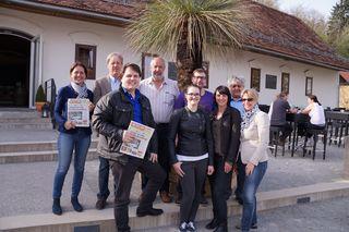 V.l.: Waltraud Fischer (WOCHE Leibnitz), Roland Reischl (WOCHE Steiermark), Regionaut Andreas Krasser, Regionaut Andreas Witek, Eva Heinrich (WOCHE Leibnitz), Patrick Dully (WOCHE Steiermark), Denise Prügger (WOCHE Steiermark), Regionaut August Zinser, Br
