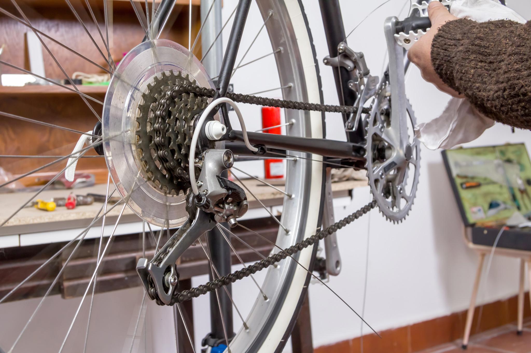 fahrrad reparatur workshop f r frauen linz. Black Bedroom Furniture Sets. Home Design Ideas