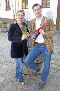 Leondings Spargelproduzent Karl Ferdinand Velechovsky mit Gattin Beatrix.