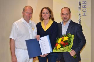 Am Foto (vo. li): Prim. Dr. Reinhold Klug, DI Katharina Hochleitner, kaufm. Direktor Mag. Franz Huber.