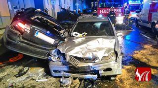 Im Fond des schwarzen Saab starben am 31. Oktober zwei junge Menschen (20 und 16 J.)