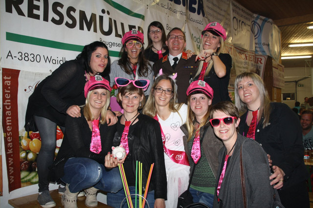 Alsergrund Flirten Gro Siegharts - Partnersuche Singlebrse