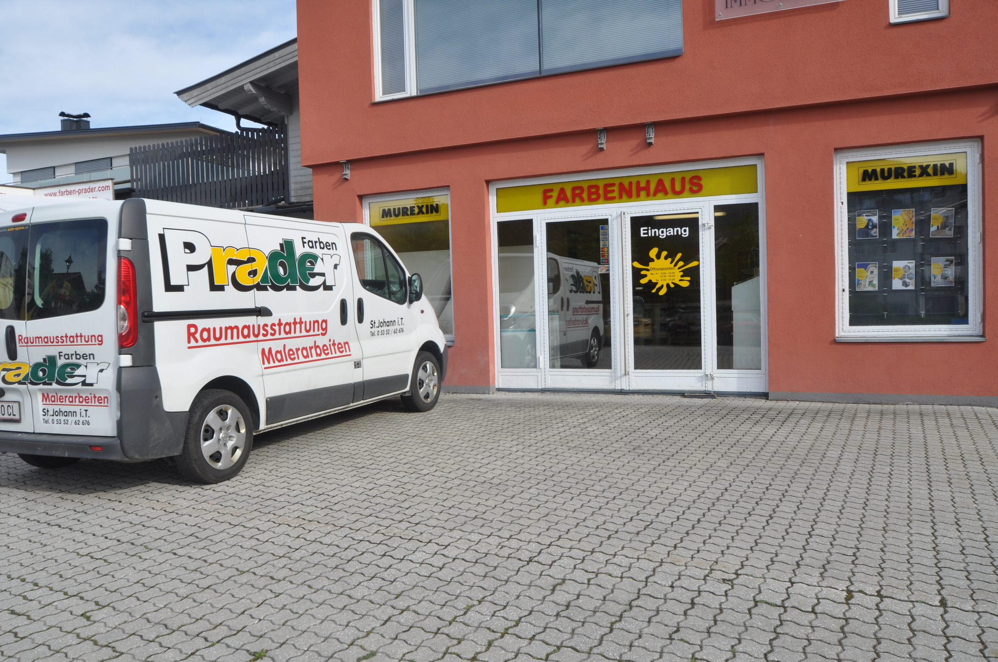 Neuubernahme Und Neueroffnung Im Farbenhaus Prader Kitzbuhel