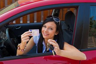 Für Führerscheinneulinge sind bei Urlaubsreisen jeweils andere Bestimmungen zu beachten.