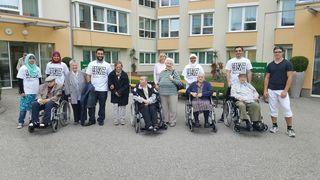 Rollstuhlausflug im Seniorenheim Braunau