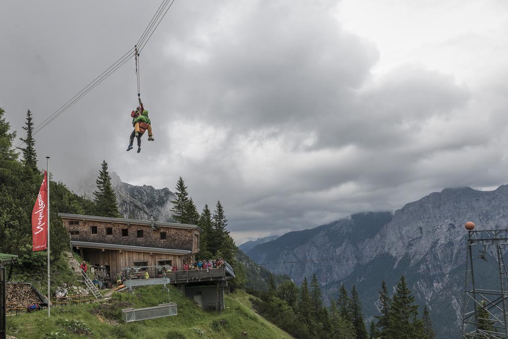 Klettersteig Buchstein : Klettersteig am buchsteinhaus: nach der sanierung erfolgte die