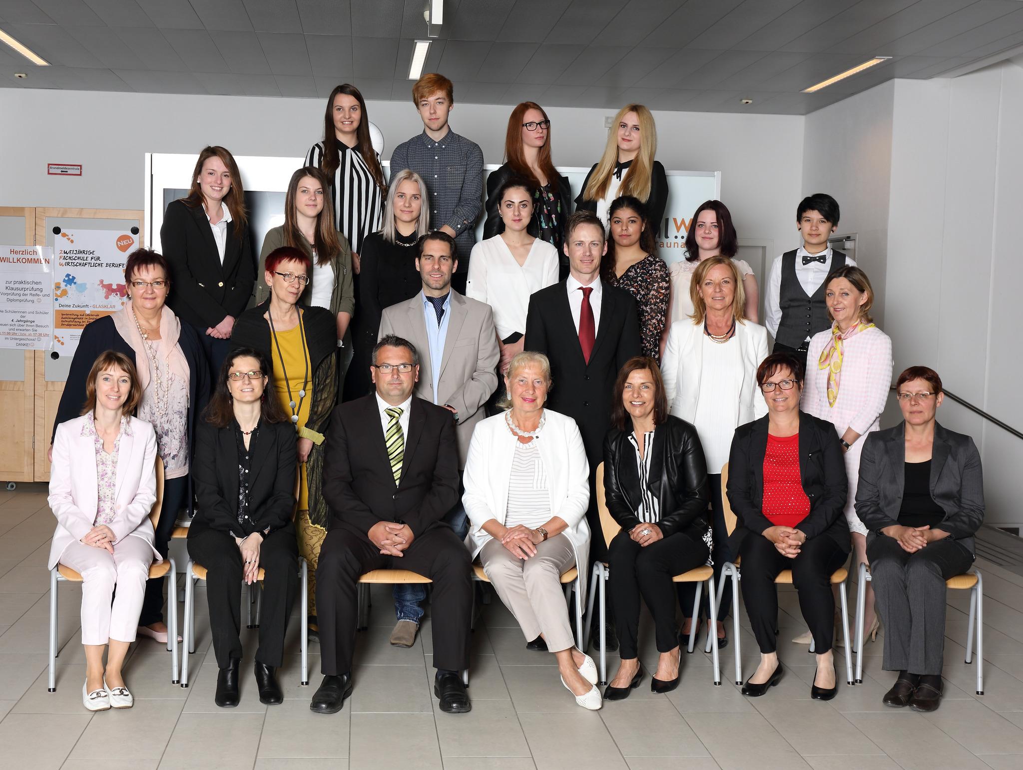 Wir gratulieren allen Braunauer Absolventen und Maturanten