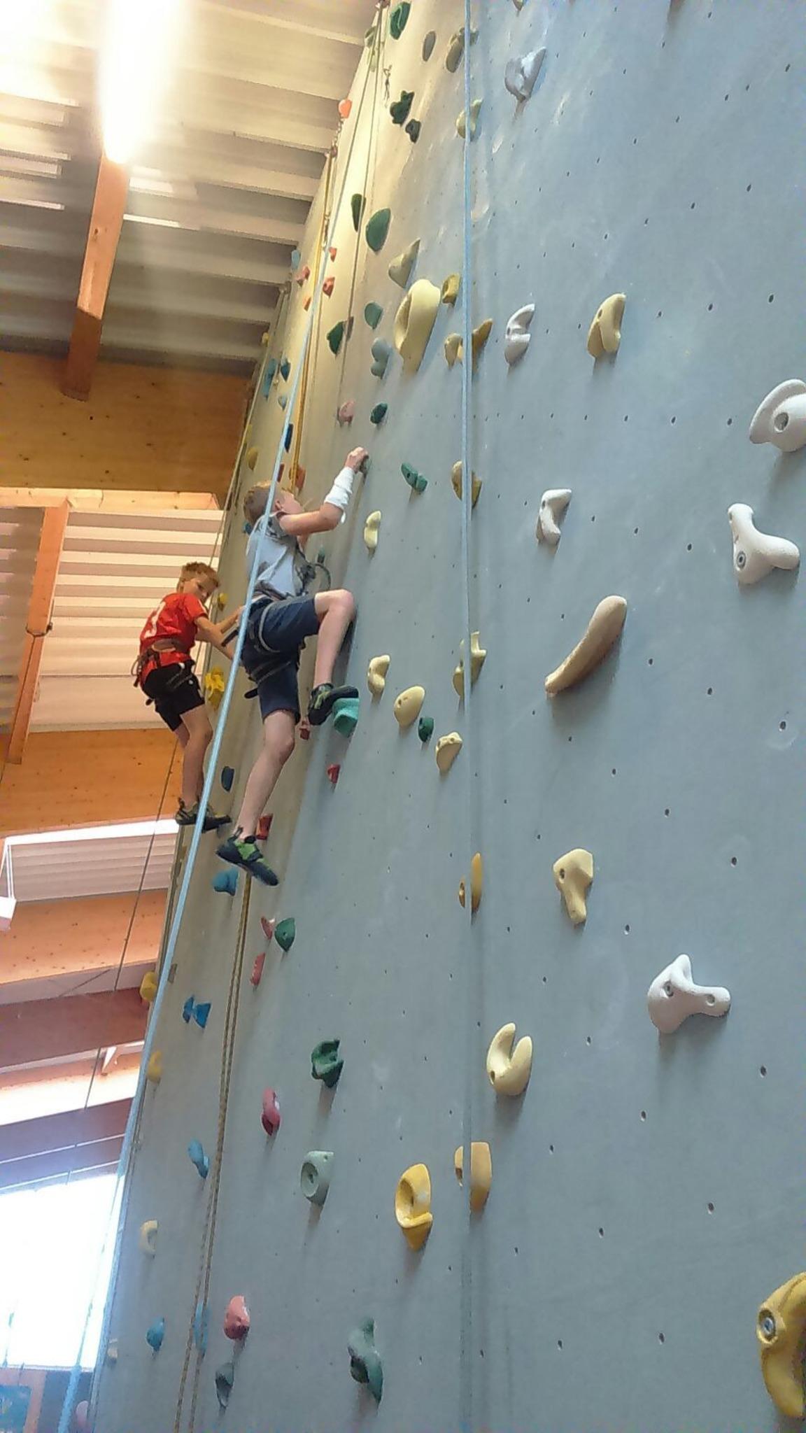 Indoor Klettern Im Ferienprogramm Urfahr Umgebung