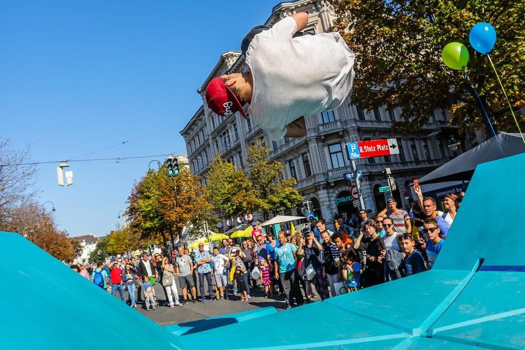 Streetlife Festival Die Babenbergerstraße Wird Zum Wohnzimmer