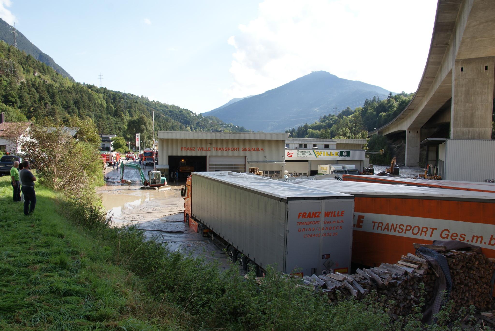 Grins: Murenabgang verlegt Sanna - Landeck