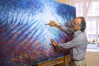 Der Maler und Restaurator Behruz Bahadoori in seinem Wiener Atelier