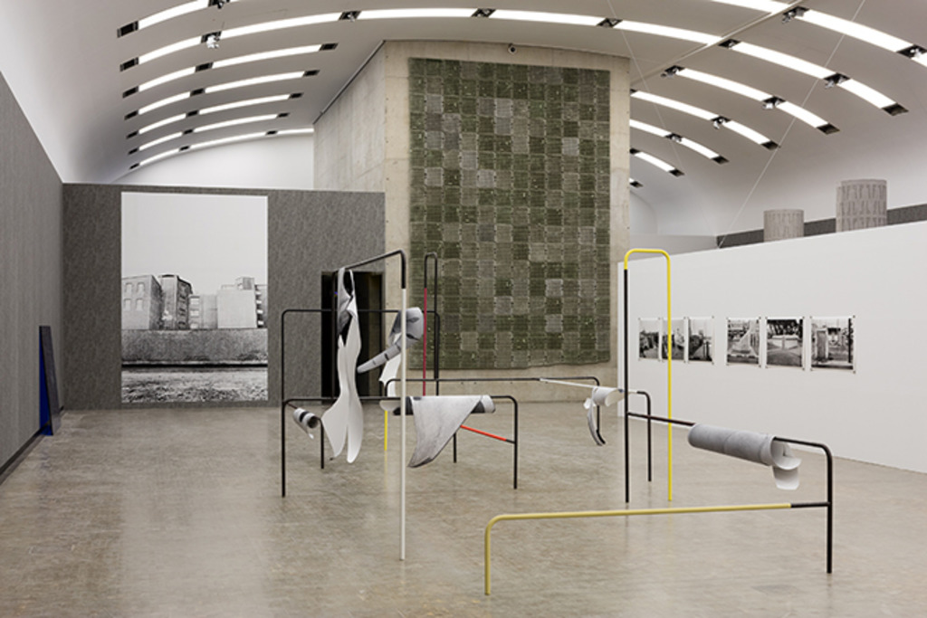 Ausstellungsansicht Beton Kunsthalle Wien 2017 Foto Stephan Wyckoff