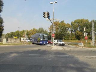 Die Autobahnabfahrt Richtung Simmering ist wegen Straßensanierung gesperrt. Voraussichtliches Bauende: 31. Oktober 2016.