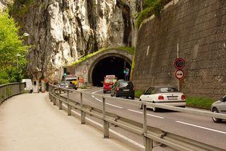 Der Sonnsteintunnel und die B145 zwischen Ebensee und Traunkirchen ist aufgrund von Arbeiten für zwei Tage gesperrt.