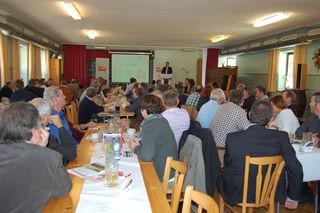 Etwa 70 Delegierte nahmen an der Konferenz des Sozialdemokratischen Gemeindevertreterverbandes (GVV) im Bezirk Ried am 15. Oktober 2016 im Gasthaus Zwingler in Tumeltsham teil.