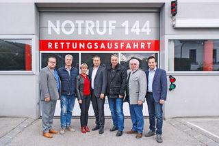 VP-Regionssprecher Michael Strozer mit den Bürgermeistern Peter Buchner, Claudia Bock, Michael Cech, Josef Schmidl-Haberleitner, Johann Novomestsky und Gemeinderat Andreas Kirnberger.