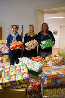 Freuen sich über die Spendenfreude der Leibnitzer: Waltraud Fischer, Claudia Assl und Elisabeth Höfer.