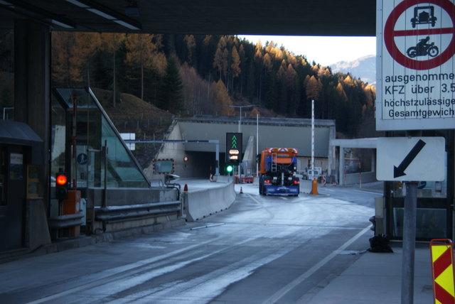 Arlbergtunnel Gesperrt
