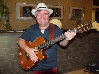 Marko Govorčin unterhielt die Saunagäste mit seiner Livemusik, gesungen auf italienisch und deutsch