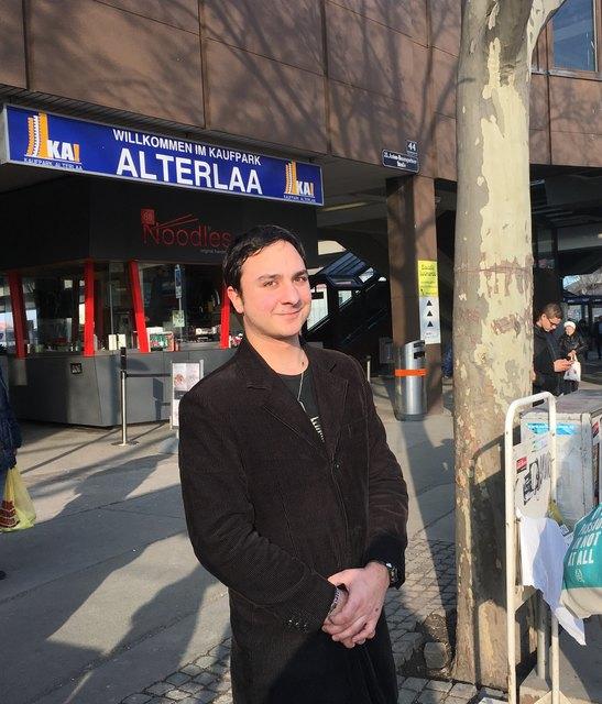 BR Paul Sapik kämpft für eine Optimierung der Buslinie 66A an die U6