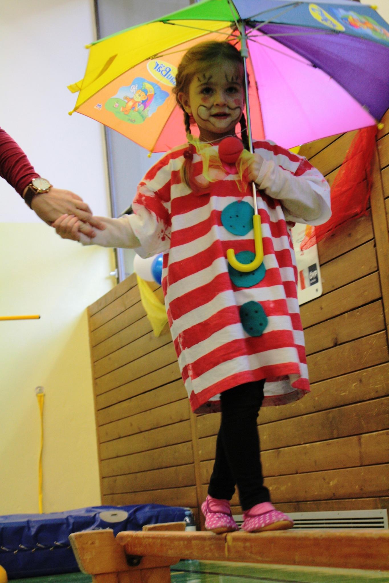 Manege Frei Der Zirkus Ist Los Pongau