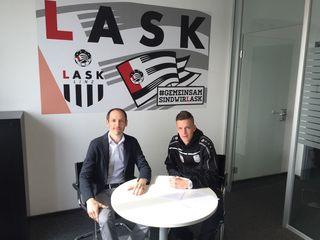 Manager Alexander Friedl mit Felix Luckeneder