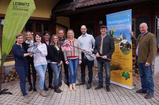 Die Tourismusverbände Leibnitz Südsteiermark und Sulmtal-Sausal laden am 8. April zur gemeinsamen Binkerlwanderung ein.