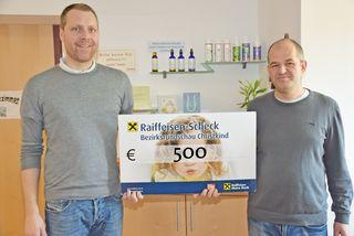 Spendenübergabe Dr. Klösch und Dr. Sinnmayer.