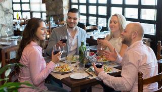 """Zehn Innviertler Gastronomen servieren zum Menü bis 31. März Eintrittskarten für die Messe """"Guten Appetit""""."""