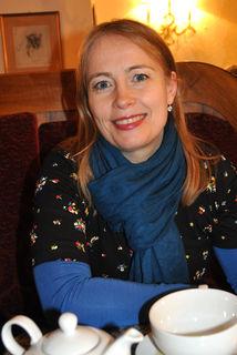 """Birgit Mosser-Schuöcker arbeitet gerne mit ZeitzeugInnen: """"Ich finde das ganz toll, wenn durch ein Gespräch Momente, die schon sehr lange vorbei sind, wieder zum Leben erweckt werden."""""""