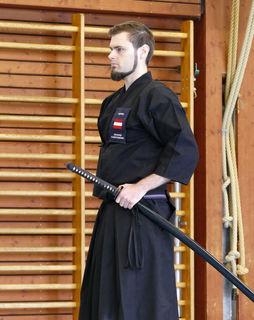 Johannes Dobretsberger beim Iaido-Wettkampf.