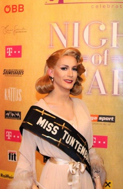 Miss Tuntenball 2017, Erika Empire