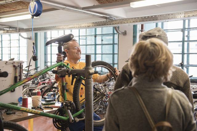 Tabakfabrik Linz | B7 Fahrradzentrum