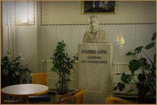Prof. Dr. Eduard Lang, der Initiator der Lupustherapie