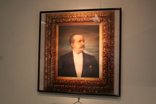 Im Standesamt Mödling hängt Joseph Schöffels Porträt.