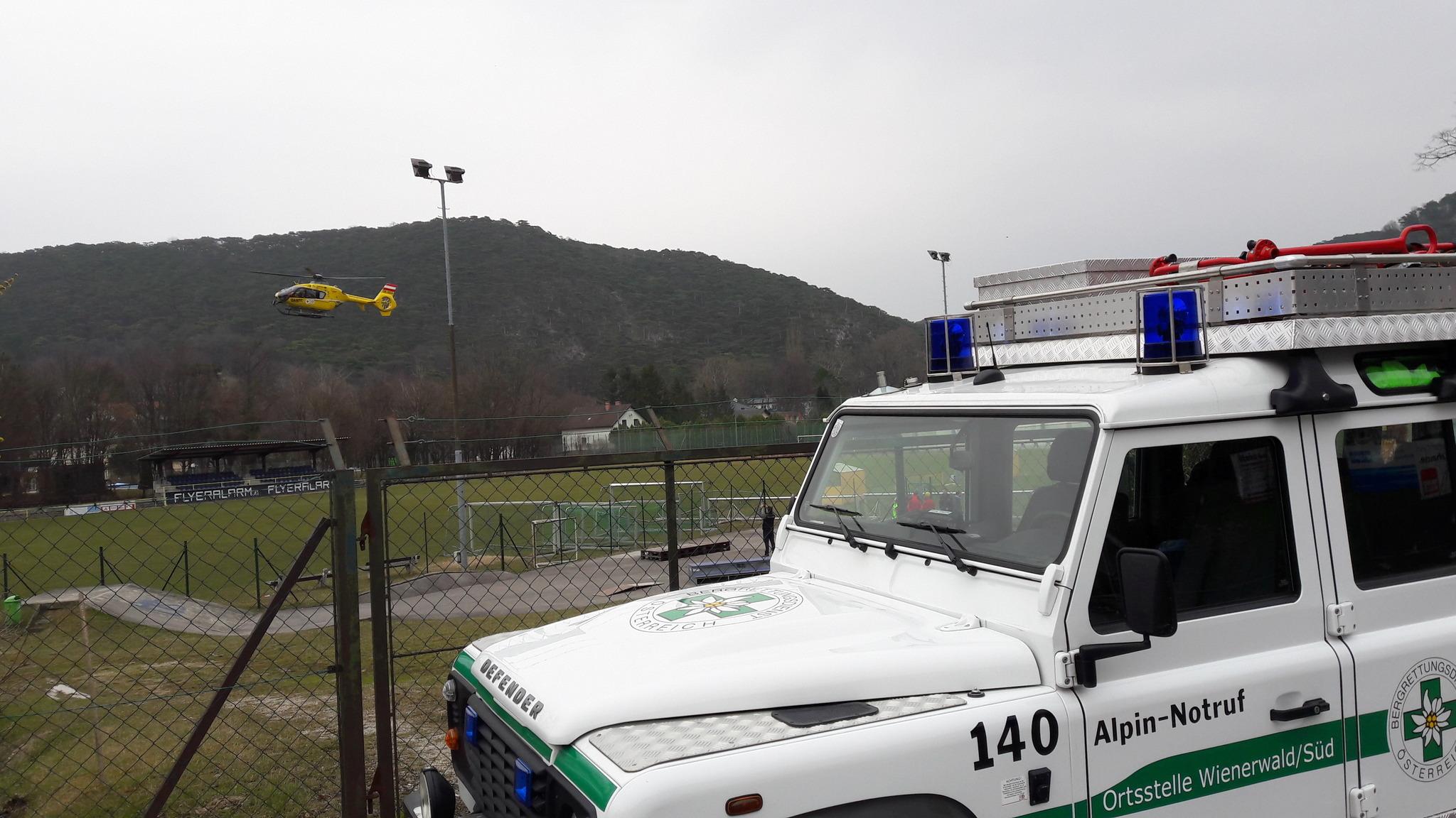 Mödlinger Klettersteig : Hubschraubereinsatz am mödlinger klettersteig mödling