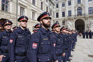 Das sind die neuen Wiener Polizisten und Polizistinnen.