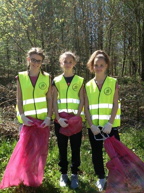 Für eine saubere Landschaft helfen die Bewohner mit.