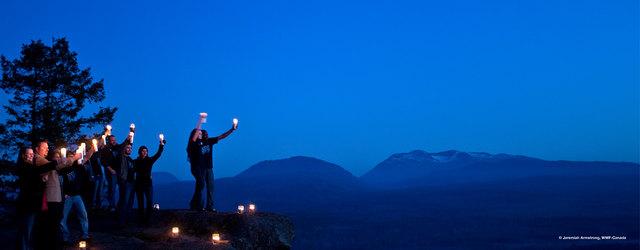 Es wird finster – auch die Marktgemeinde Übelbach macht bei der weltweiten Klimaaktion 'Earth Hour' am Samstag mit.