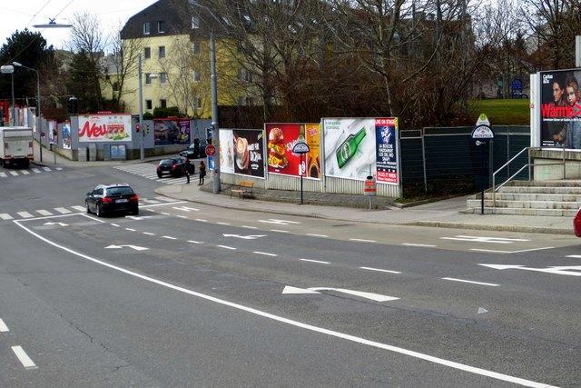 Klare Bodenmarkierungen Gatterederstraße/Endressstraße