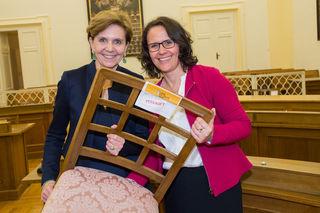 Landtagspräsidentin Brigitta Pallauf,  und Daniela Giutschi