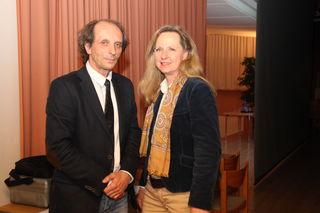 Dr. Martin Schmidt mit MiniMed Moderatorin Christine Brugger.