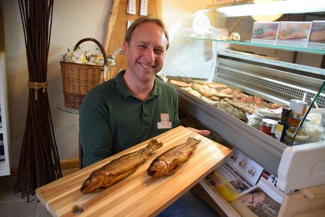 Alfred Burger hat sein Hobby zum Beruf gemacht und setzt jetzt ganz auf Fisch.