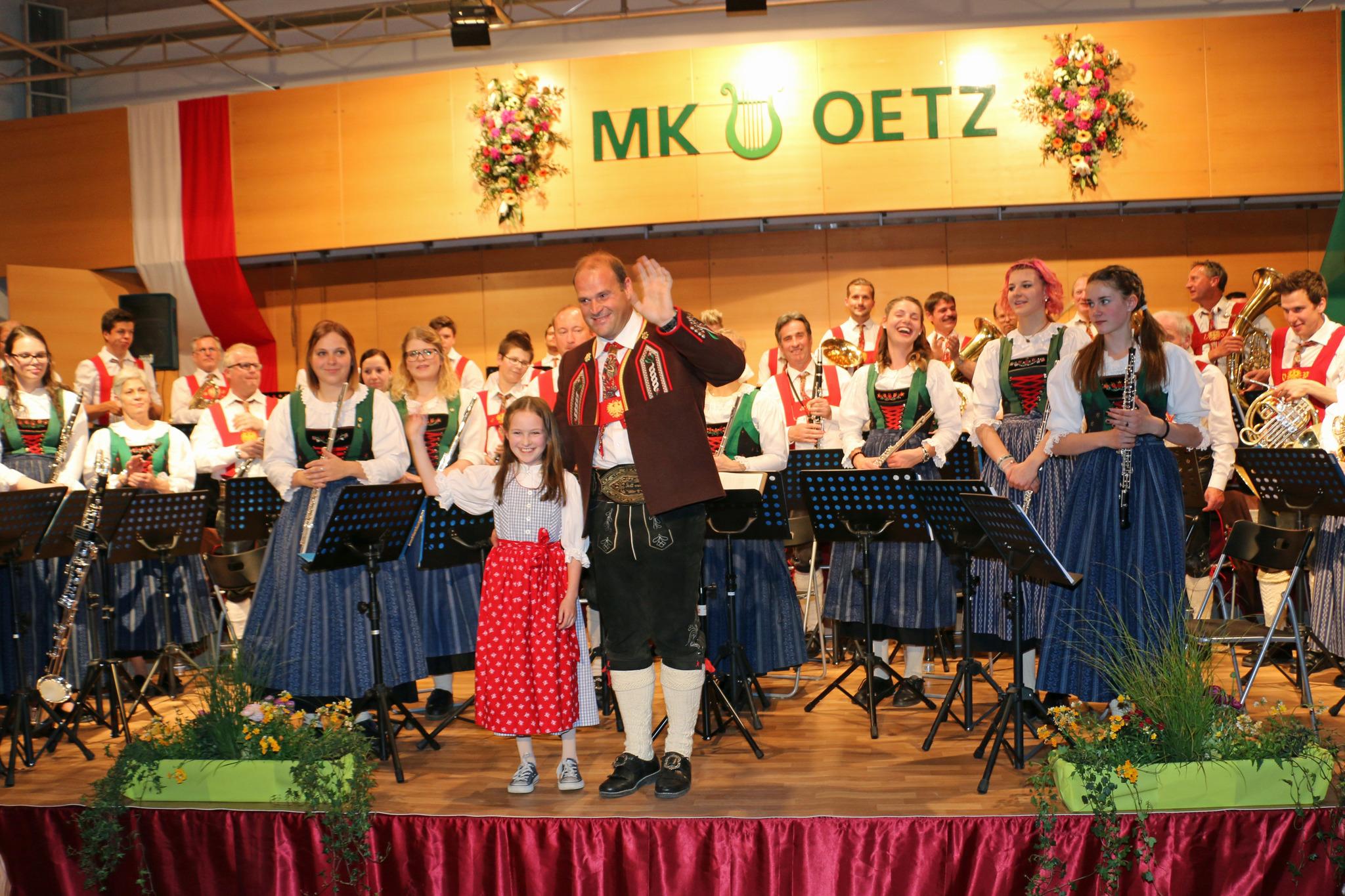 Oetz in Tirol - Thema auf carolinavolksfolks.com