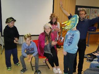 Lebendiges Lernen, Spaß am darstellerischen Spiel - das erlebten die Kinder im Märchenworkshop.
