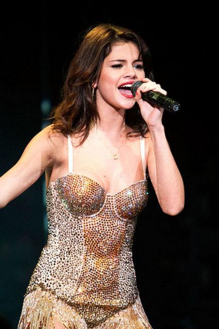 Sind die Pläne von Selena Gomez mit The Weeknd ein Fehler?