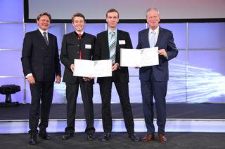 Wolfgang Anzengruber, Vorstandsvorsitzender Verbund AG, Alexander Steger und Peter Krimbacher (OVUM Heiztechnik GmbH) mit Reinhold Mitterlehner, Vizekanzler und Bundesminister für Wissenschaft, Forschung und Wirtschaft.