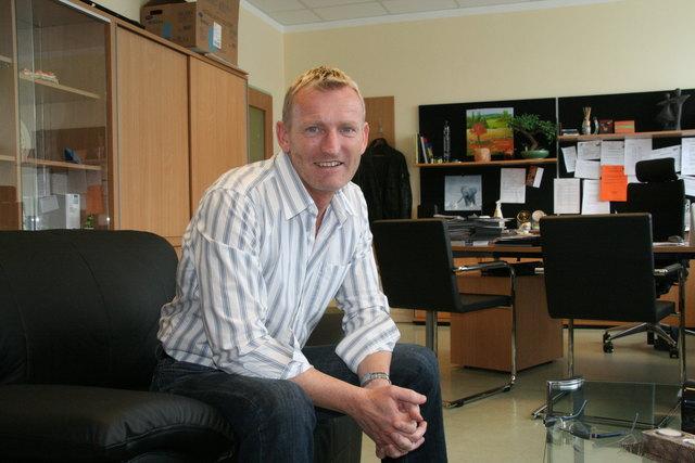 Rosenheim-Direktor Viktor Spitzer stürzte durch den Zusammenstoß vom Motorrad und erlag noch am Unfallort seinen Verletzungen.